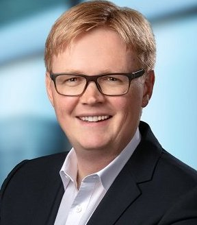 Thiel Erik Vamed
